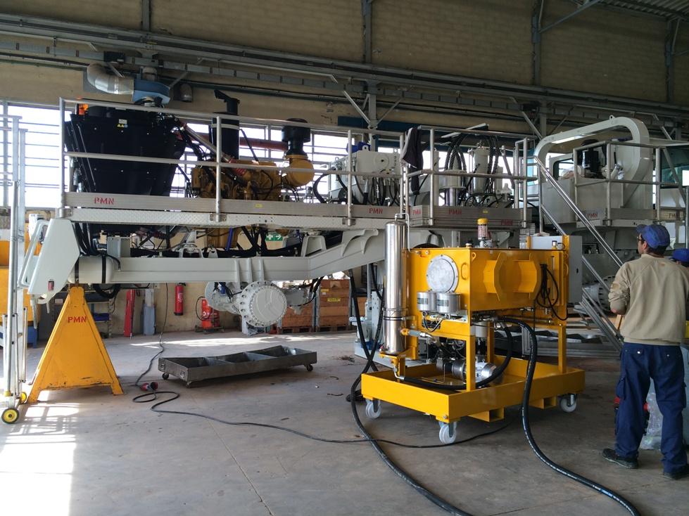 Dépollution des circuits hydrauliques sur site - Camion vibrateur SERCEL